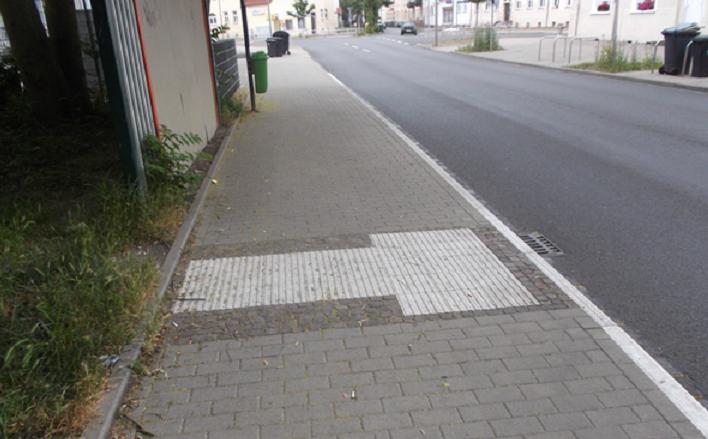 """Veröffentlichung der überarbeiteten DIN 32984 """"Bodenindikatoren im öffentlichen Raum"""""""